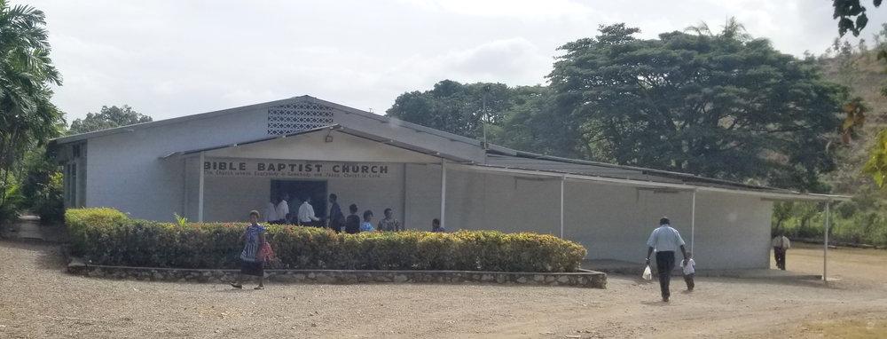 6 Mile Bible Baptist Church exterior.jpg
