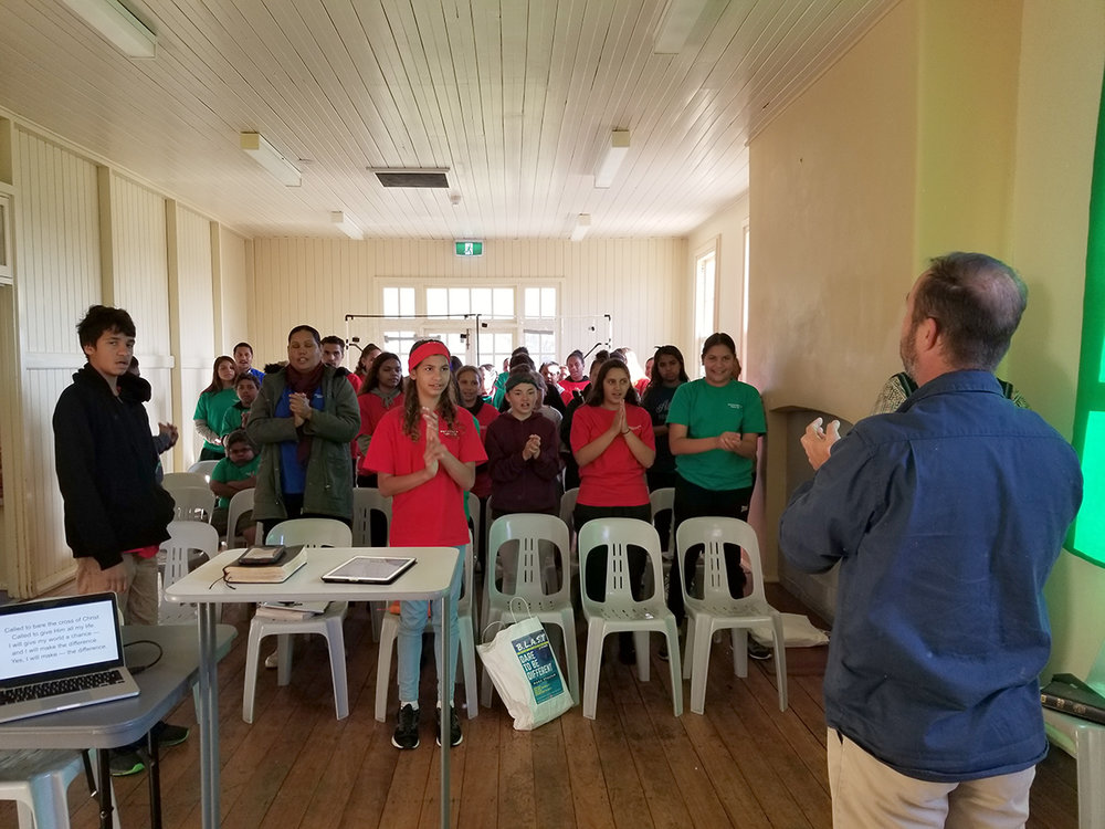 crowd4 singing.jpg