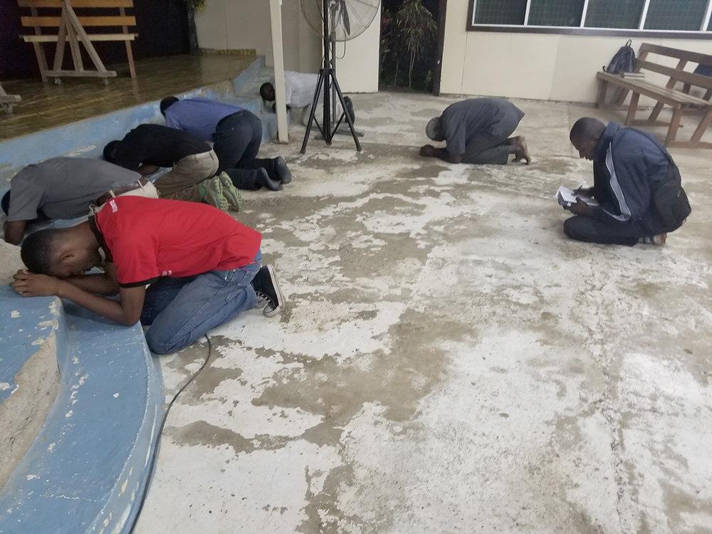 Students praying3.jpg