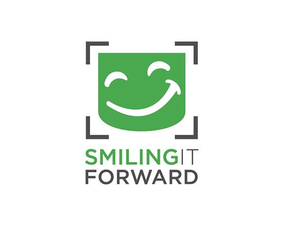 110354_SmileItForward_ForPortfolio-06.jpg