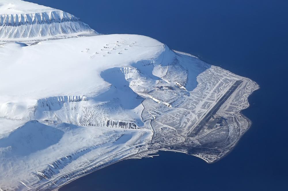 Arctic Airport.jpg