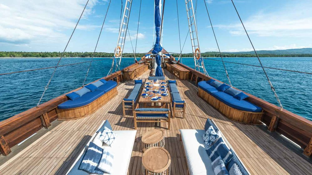 The luxurious main deck