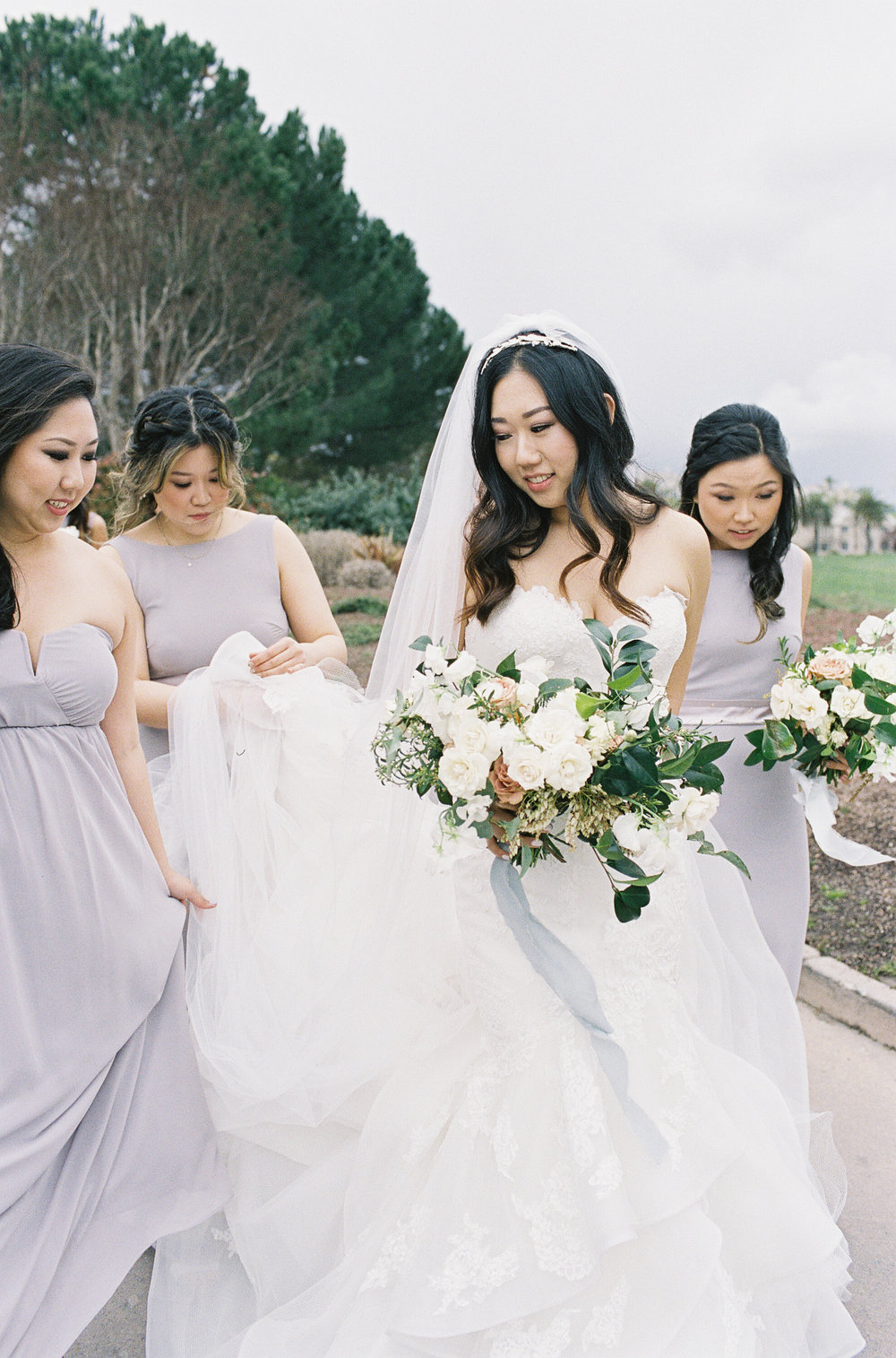 bridal_party03.jpg
