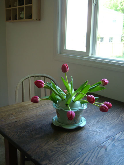 tulip table72.jpg