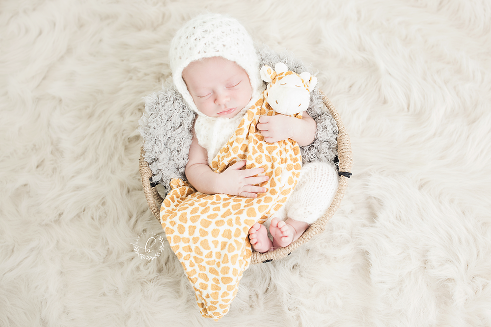 Babsie-Baby-Photography-San-Diego-Newborn-Photographer-14-day-old-baby-boy-all-white-light-airy.png
