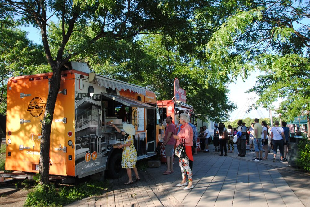 food trucks old port day in montreal