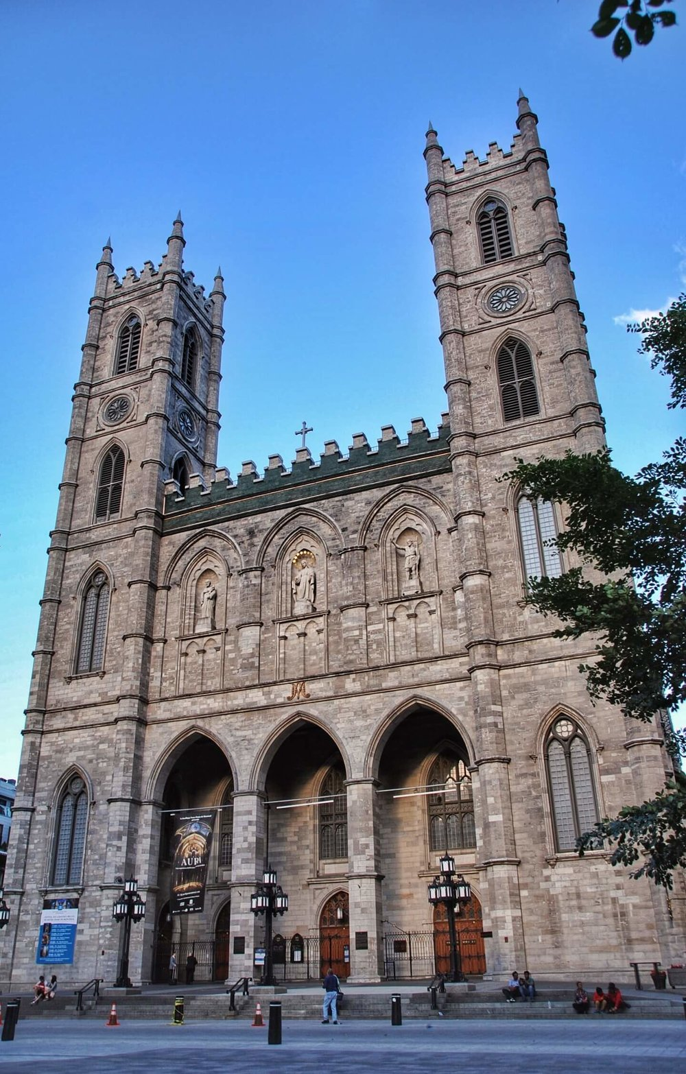 notre-dame day in Montreal
