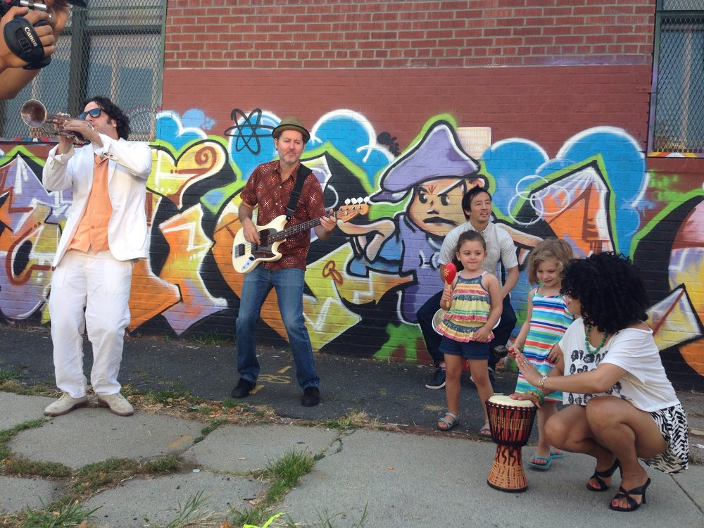 Spanglish Fly video shoot w:kids.JPG