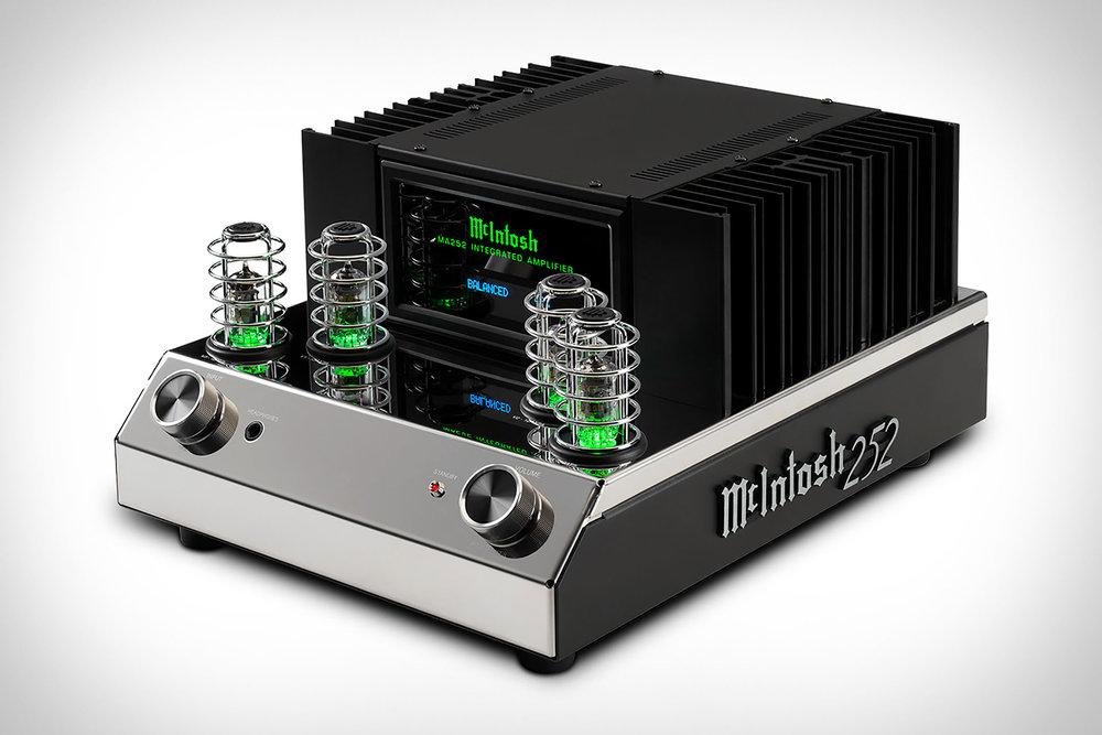 mcintosh-ma252-amp.jpg