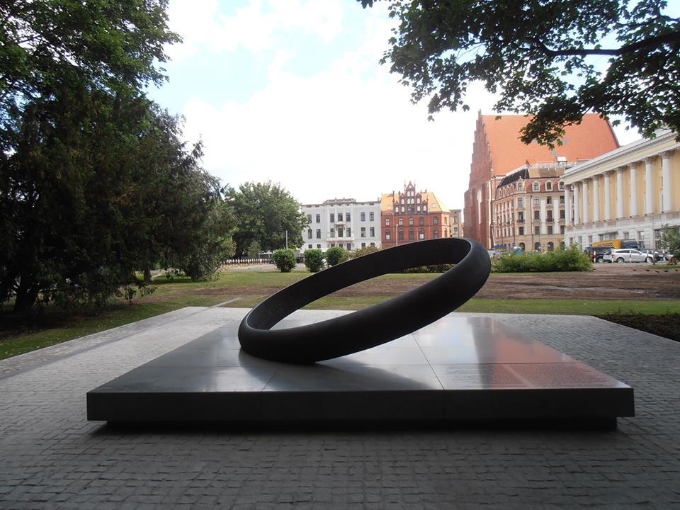 Pomnik rotmistrza Witolda Pileckiego we Wrocławiu Foto. Jerzy Kalina