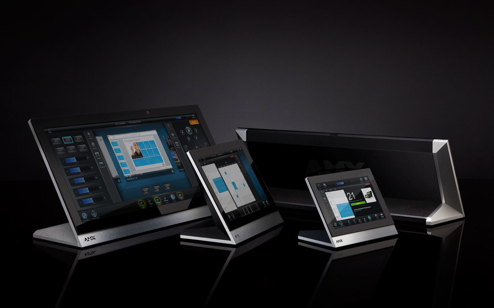 AMX MODERO X - Commercial Touch Panel Family