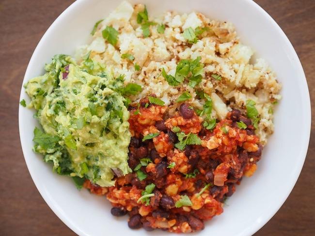 Spicy Chipotle Cauliflower RIce Bowl