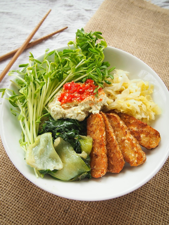 Asian Grain Bowl with Tempeh, Edamame Hummus and Garlicky Greens