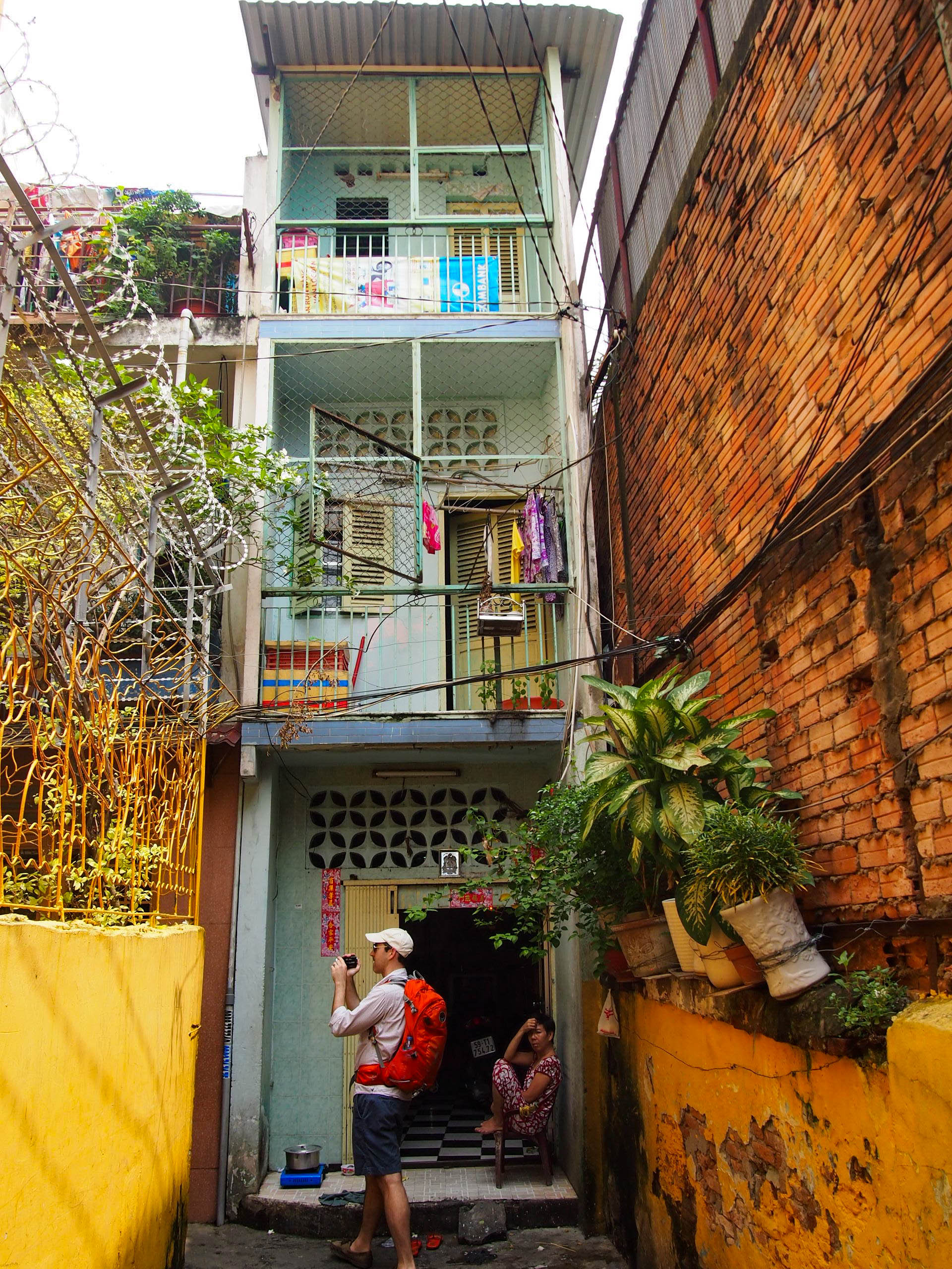 The alleyways most middle class Vietnamese call home. In the states, we would presume poor people lived here, but most of these homes are worth $200,000 USD.