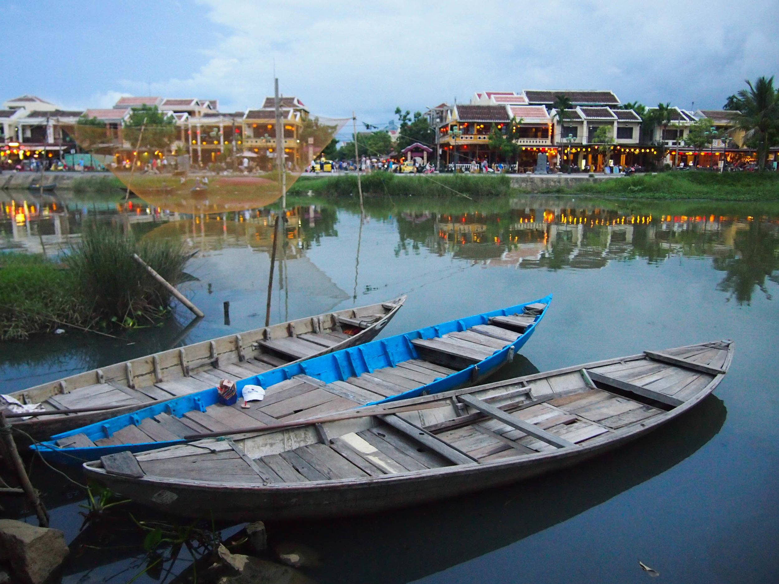 Thu Bon River at dusk