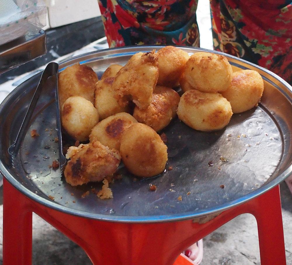 Choui Chien - fried banana fritters