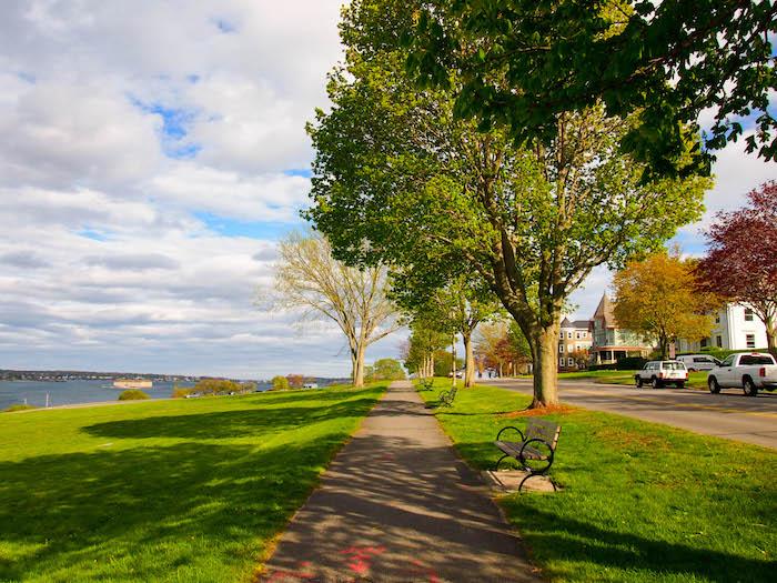 Strolling the Eastern Promenade