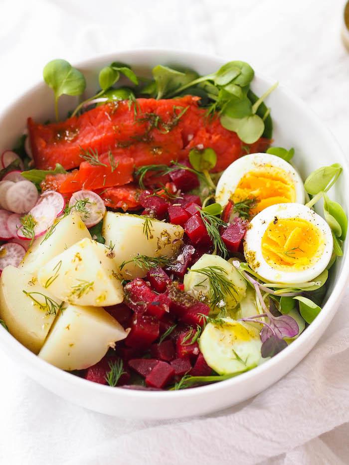 nordic-salad-smoked-salmon.jpg