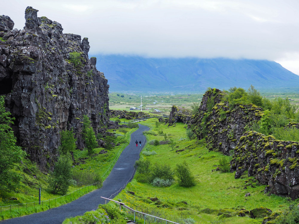 Walking between tectonic plates