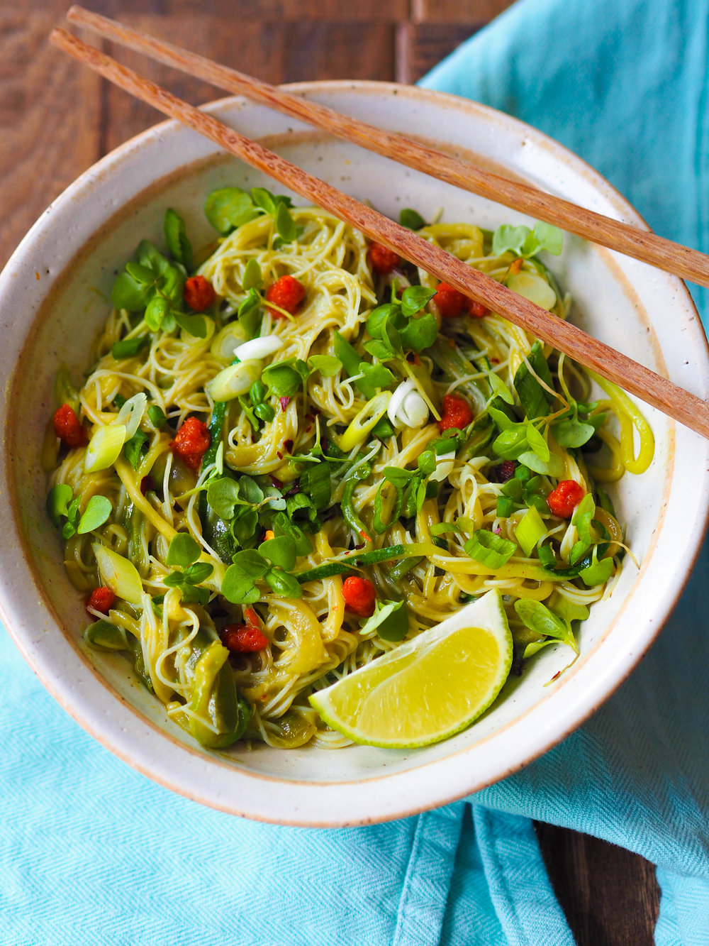 Green Curry Avocado Noodles made with a vegan curry sauce made from avocado!