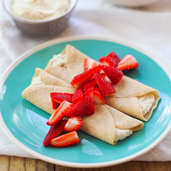 Strawberry Crepes with Cashew Cream