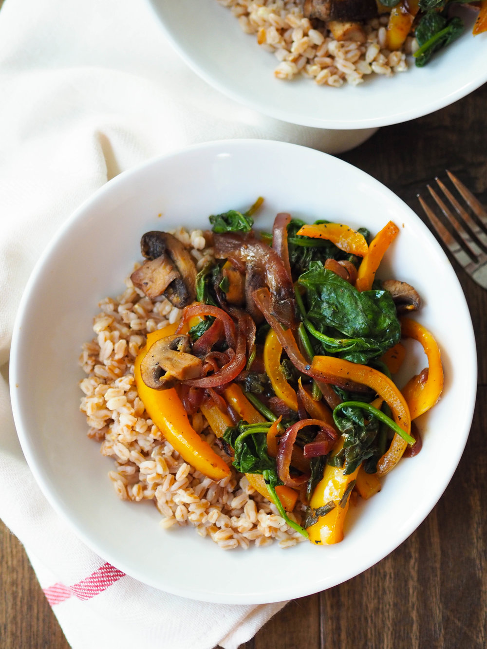 Easy Black Pepper and Lemon Sauteed Vegetables with Farro is a veggie packed meal that's packed with flavor!