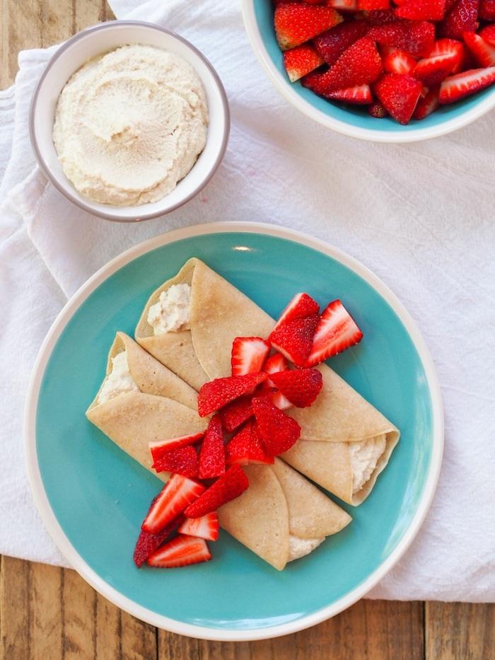 Easy strawberry crepes with honeyed cashew cream! #vegan #vegetarian #crepes #strawberry #spring #dessert #dairyfree