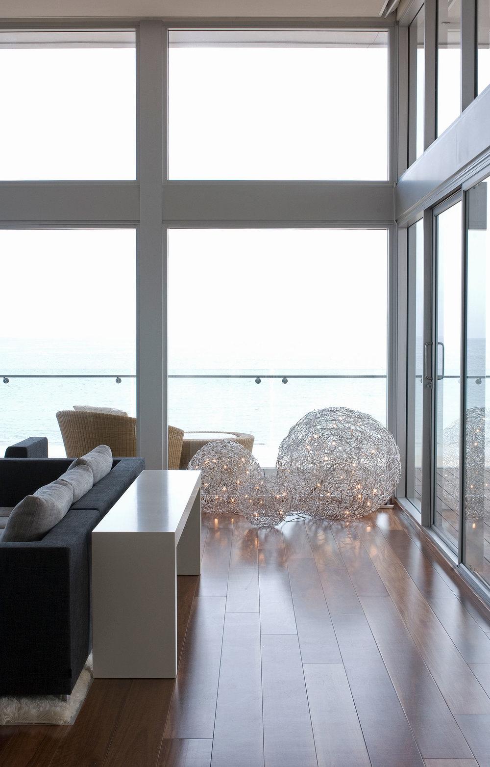 enoki-interior-beachhouse-5.jpg