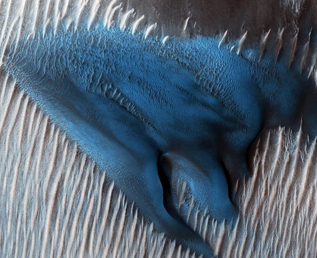 What do you think of the blue dune @nasa's MRO photographed?  Considering painting my house to match. 🚀 - Photo Credit: @nasa - #Space #science #stem #astronomy #nasa #outerspace #mars #planets #solarsystem #rocket #astronaut #earth #spacetravel #bluedune #blue #mro