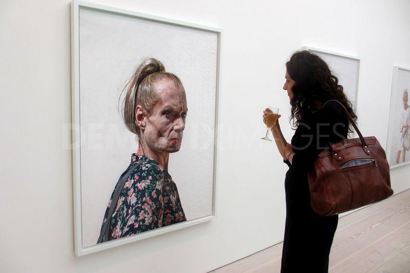 Photography Exhibition, Saatchi Gallery
