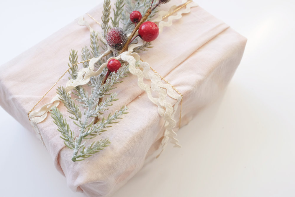 Gift_wrapping_11.JPG
