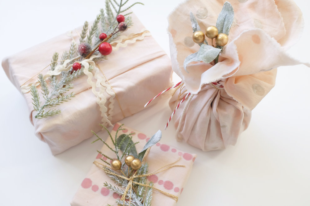 Gift_wrapping_12.JPG