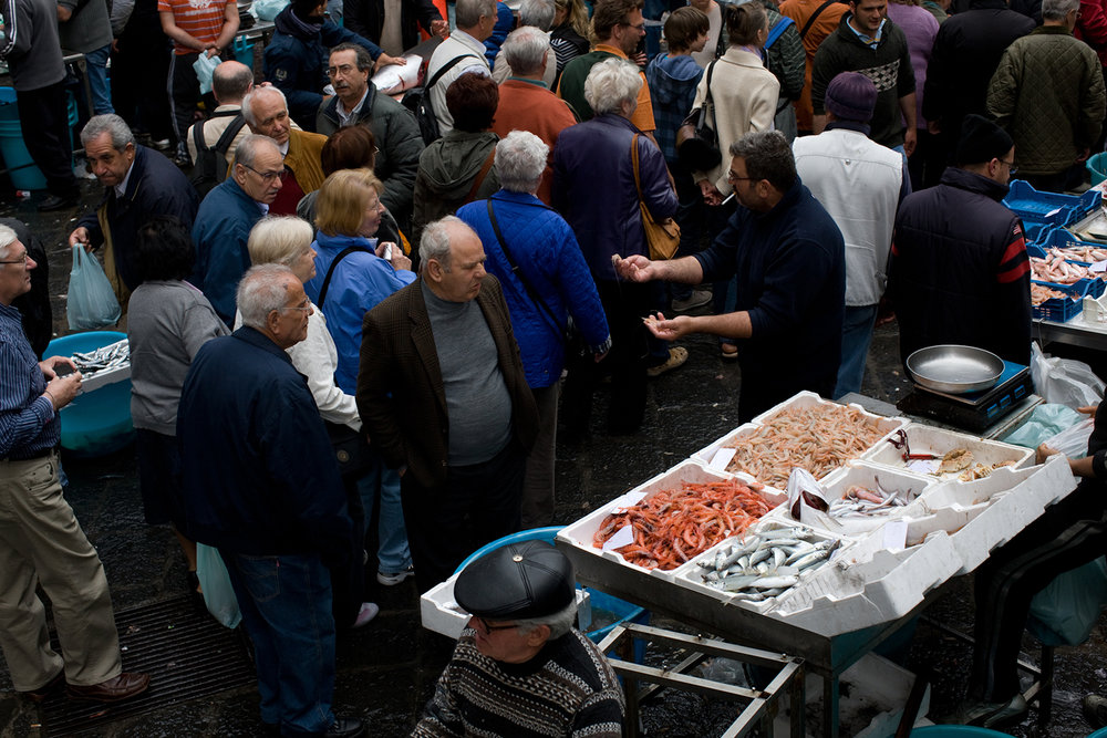 The vendors sounded devastated as they sang out in mismatched chorus (in Italian): FISH FISH I'VE GOT THE BEST FISH BUY MY FISH.
