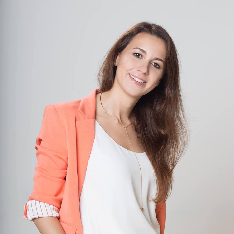 Елена Хрящева