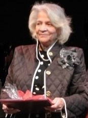 Sister to Sister founder, Adele Clark Katz, accepts a Russ Berrie Making a Difference award, in 2013