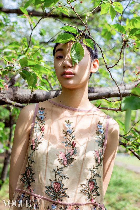 Tsukina-Vogue.jpg