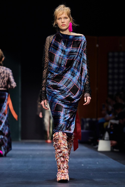 Looks_DawidTomaszewski_FashionWeekAW2018-19_HeidiRondak 104.jpg