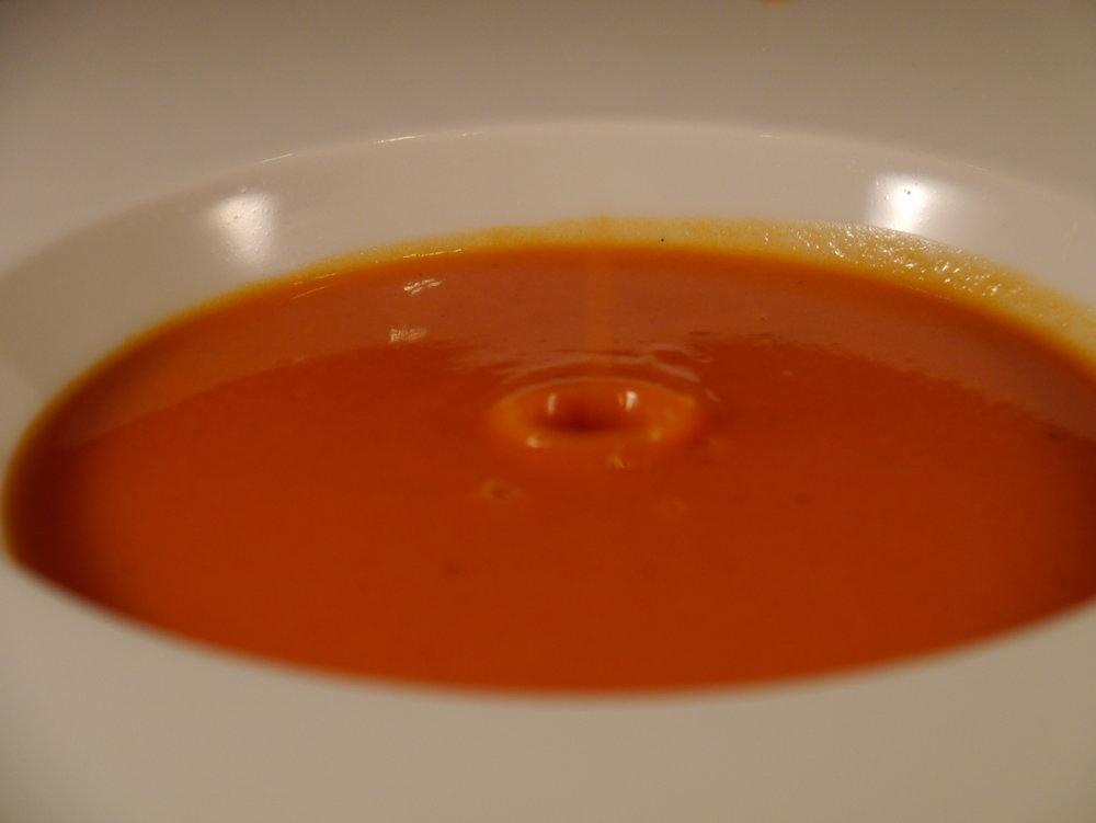 tomatensuppe Kopie.JPG