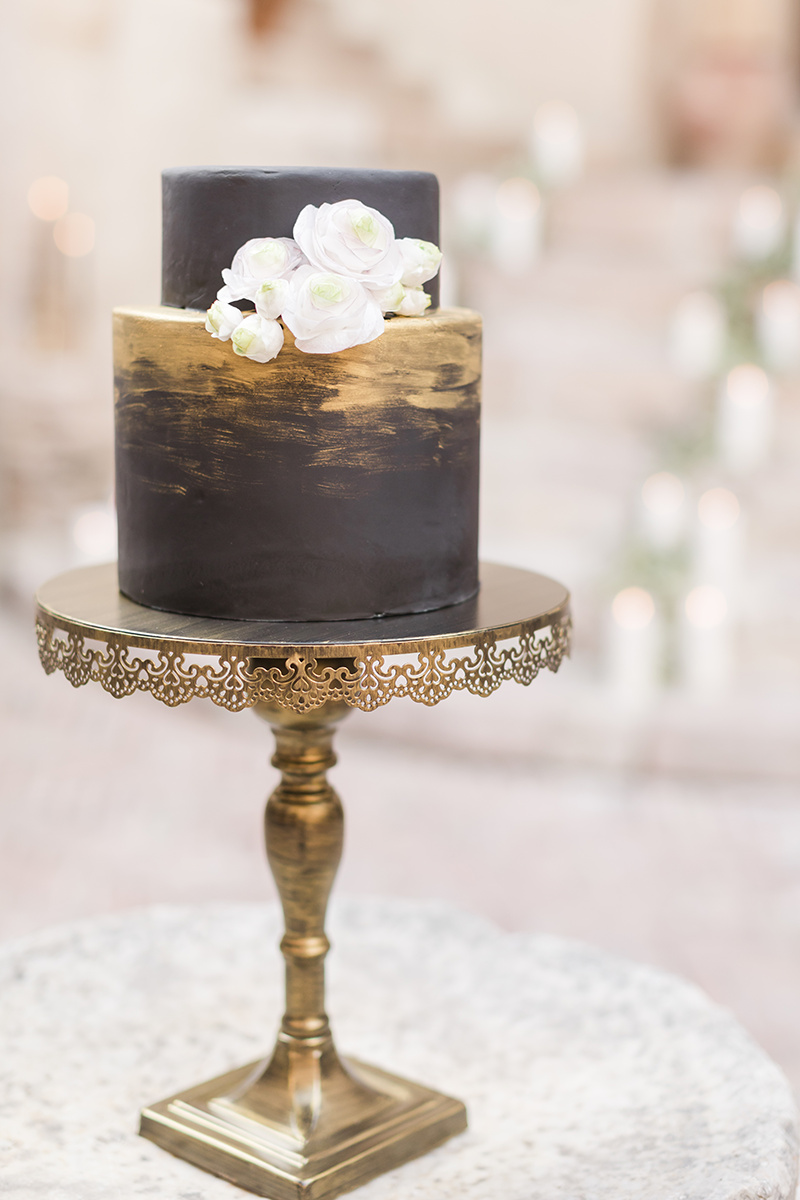 gold black wedding cake.jpg