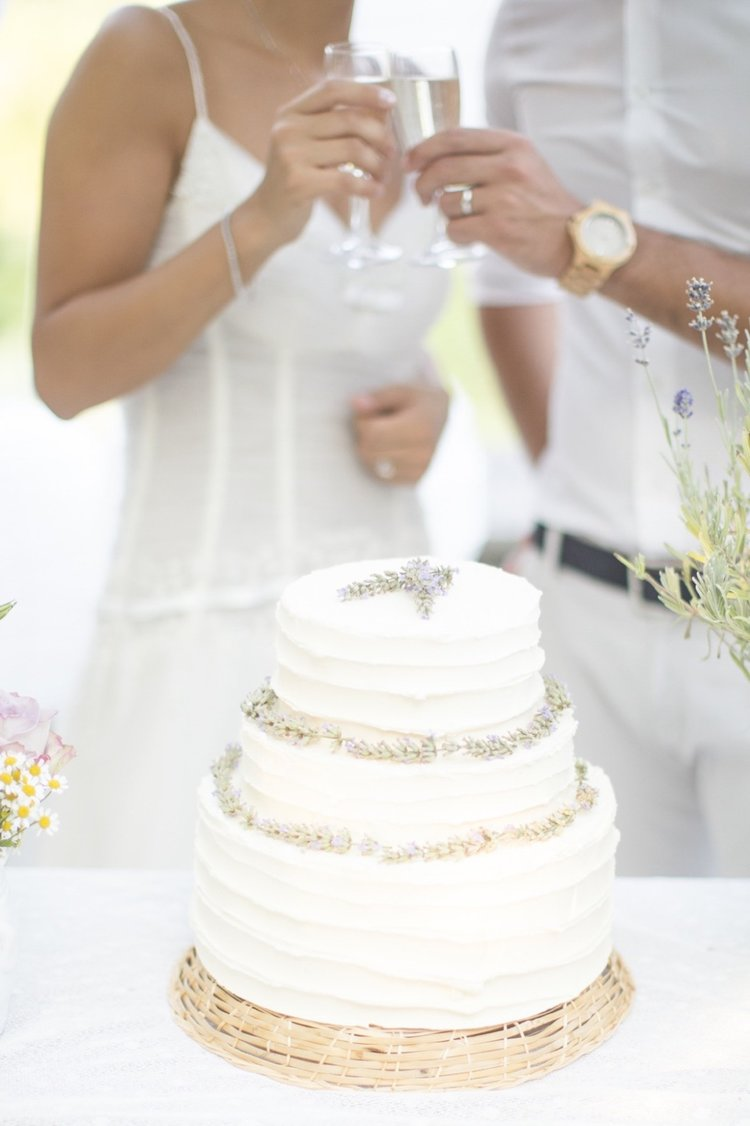 How to choose the perfect wedding cake — Wedding Photographer Umbria ...