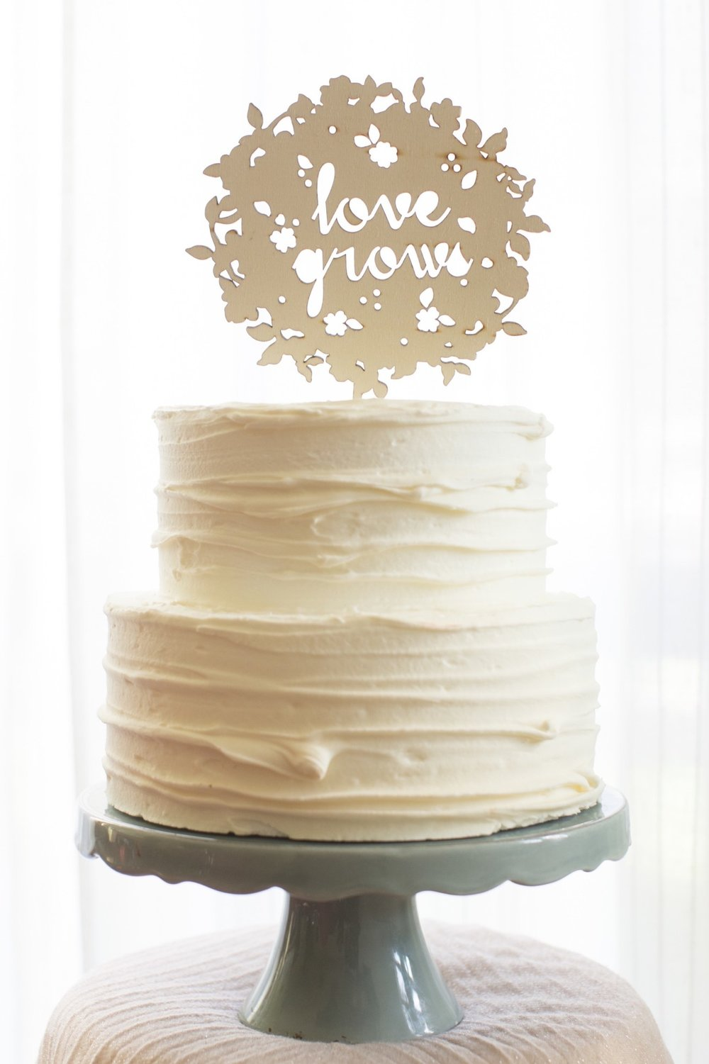 wedding Umbria cake.jpg