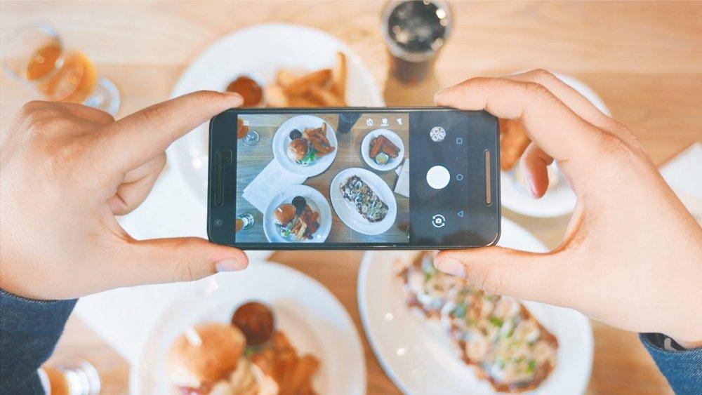 social-media-food-1080x608.jpg