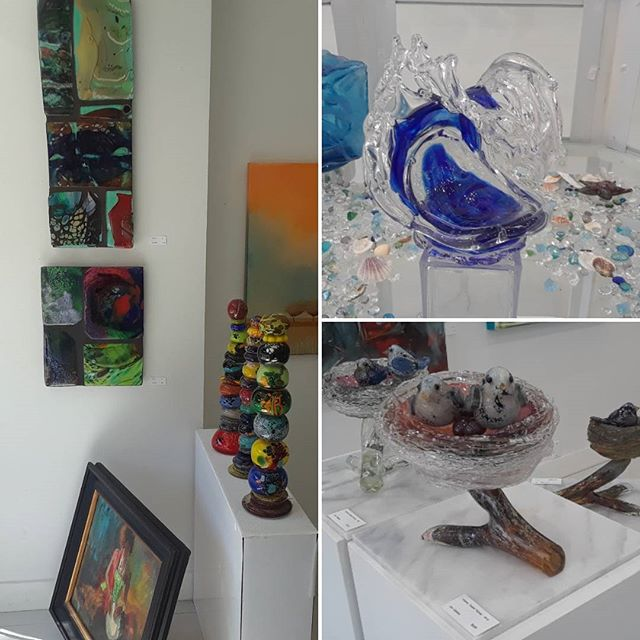 Check out our new arrivals of  beautiful art glass on display now at Tumbleweed Arts in Laguna Beach @tumbleweedarts  #artglass #fineart #artgallery #LagunaBeach #lagunagallery #artforsale #collectors #artlovers #art #artists #contemporaryart