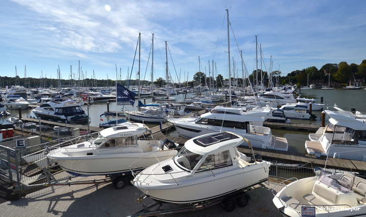swanwick_marina_river_hamble_hampshire_england_Swanwick Marina.jpg