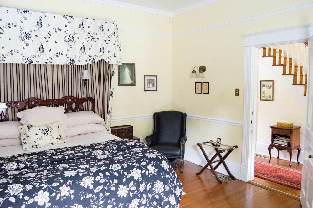 Mountain Rose Inn Heirloom Room.jpg