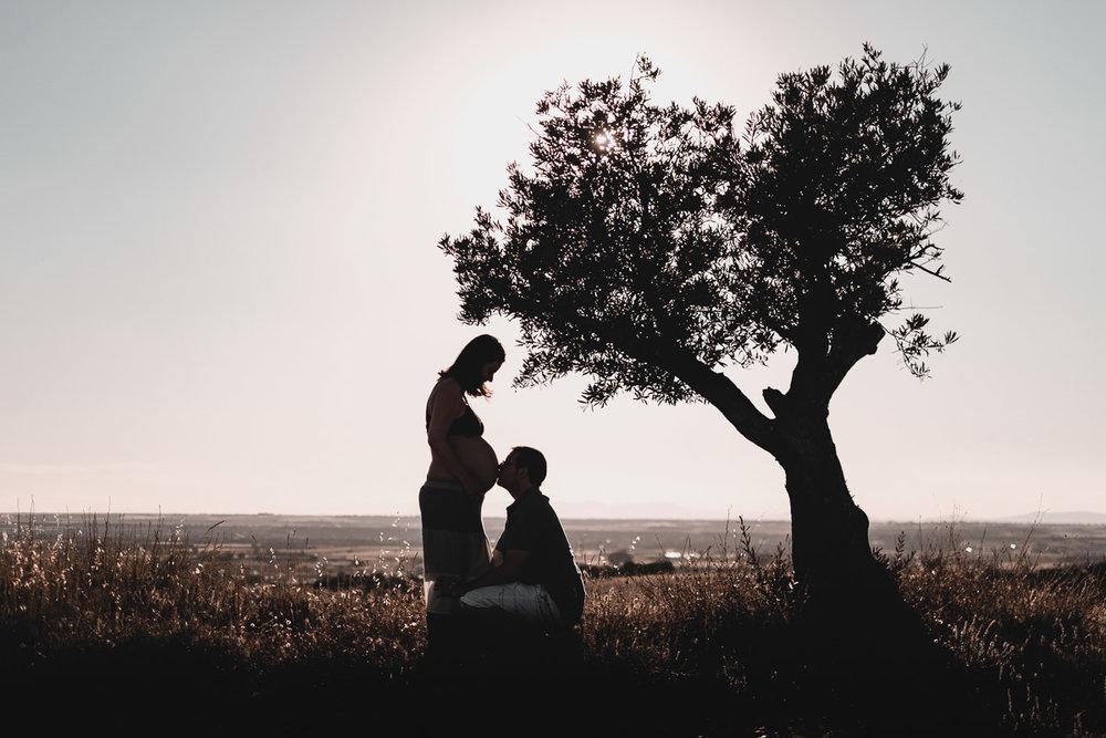 Sesión de embarazo, pareja María e Israel. Guadalajara (España). Autor Perspectiva Discreta.