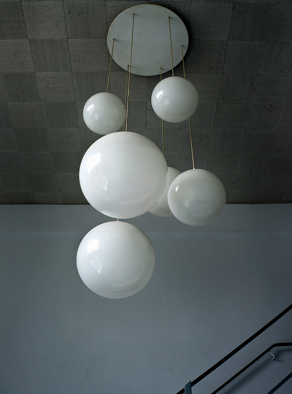 molecular light fitting