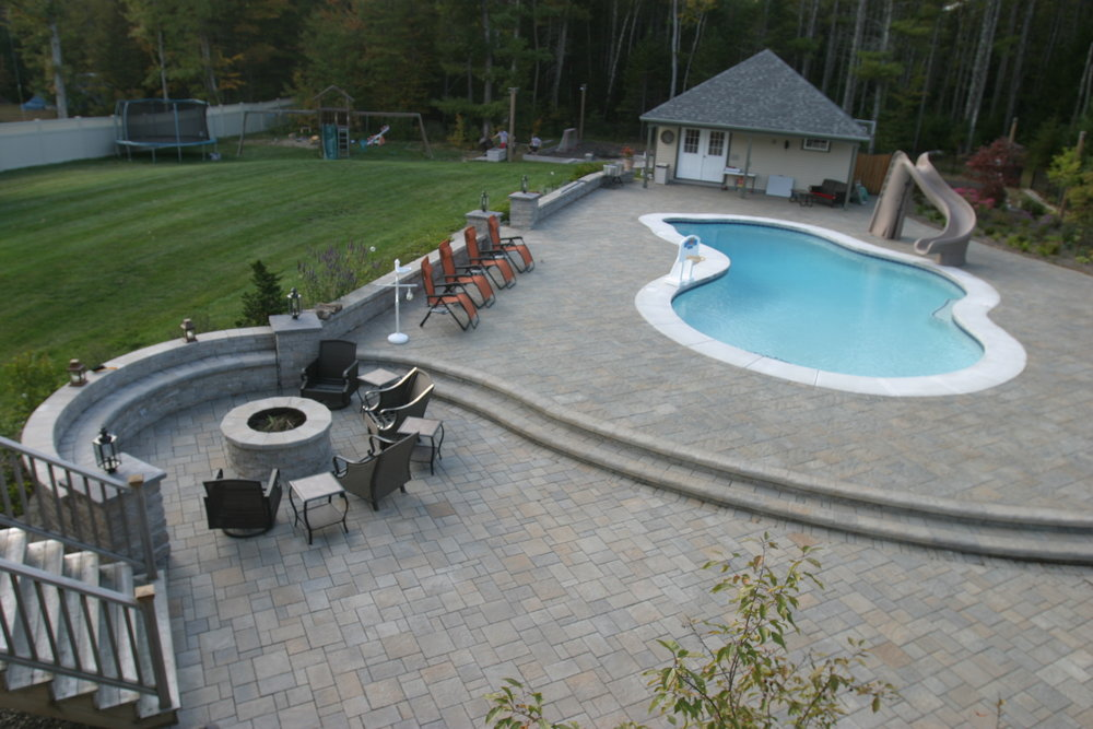 Scarborough Maine. This Backyard Retreat. Features Techo Bloc Products, Blu  Champlain Grey,