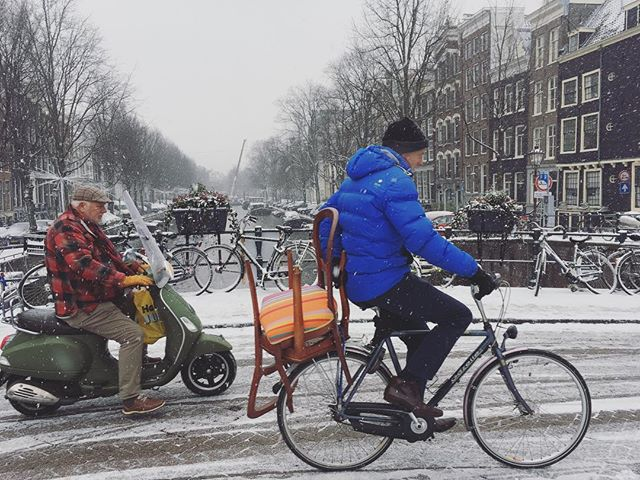 Always impressed with the Amsterdammer snow cycle action.