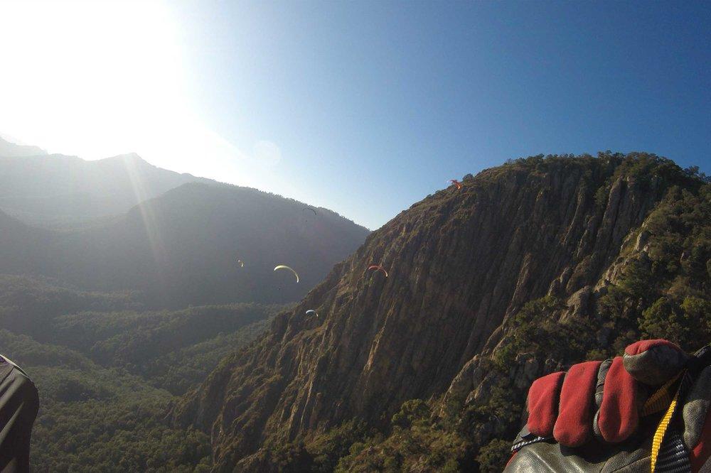 Paraglide-New-England-Trips-Valle-de-Bravo-Mexico-Gallery-Tim-FPV-El-Penon.jpg